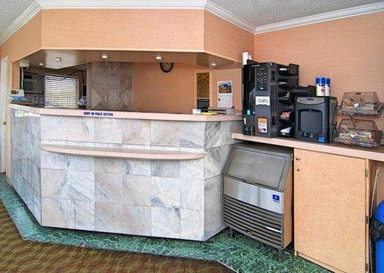 Rodeway Inn Boardwalk: lobby