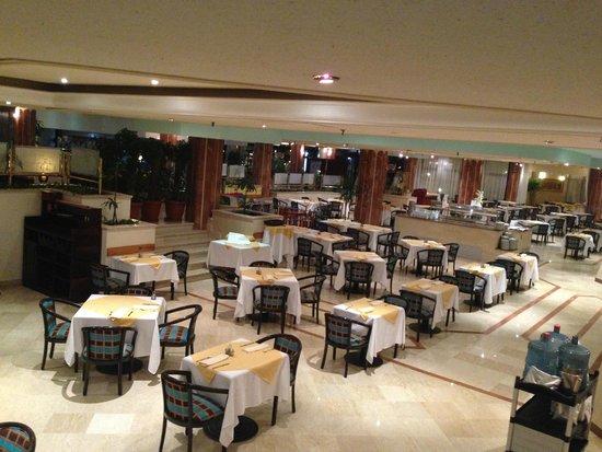 Sonesta Pharaoh Beach Resort Hurghada: Inside dining area