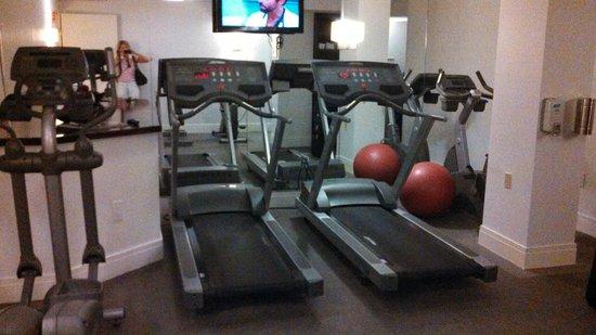 Hotel Mela : Fitness Center