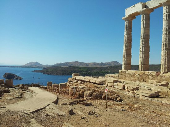 Temple of Poseidon : Looking west back towards Athens from Temple
