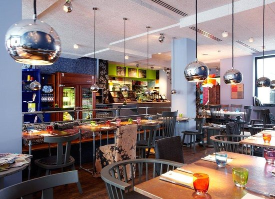25hours Hotel by Levi's: Restaurant