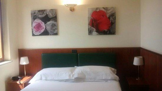 Hotel Continental : Letto