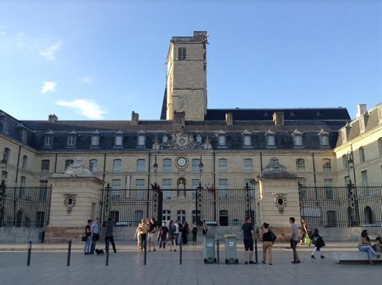 Dijon, France : plaza de la liberation