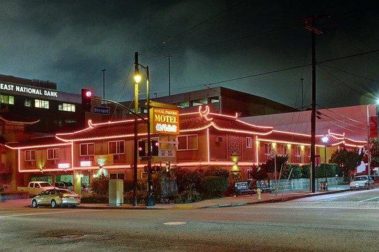 Royal Paa Motel