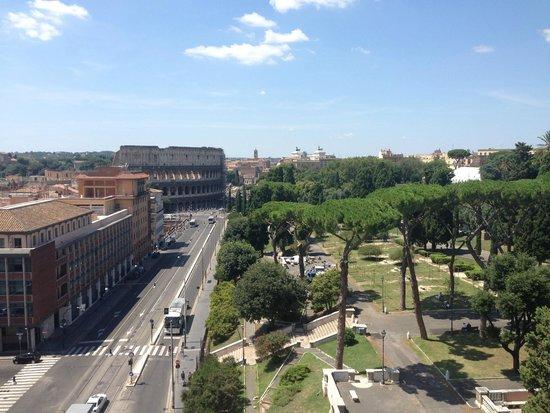 Mercure Rome Colosseum Centre: More nice view