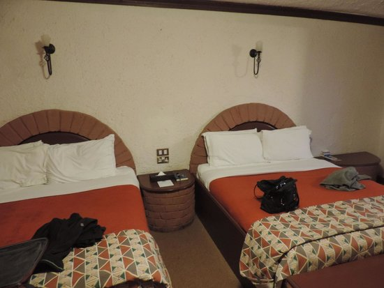 Ngorongoro Sopa Lodge: The very comfortable beds!