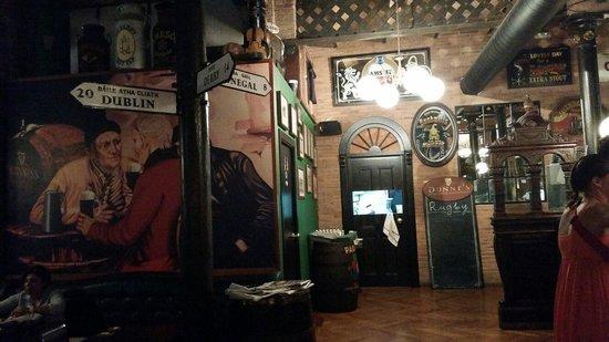 Dunnes Irish Bar Barcelona : Irish pub