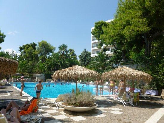 Hotel King Saron : La piscine