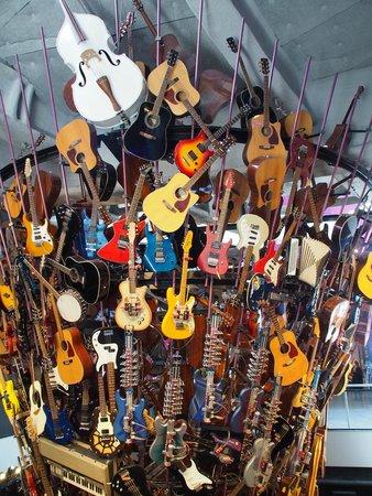 Museum of Pop Culture : Guitars, guitars, guitars!
