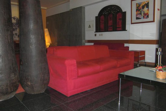 Quality Inn Porto: Hall