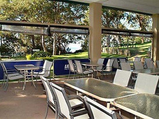 Ibis Styles Port Stephens Salamander Shores: Restaurant
