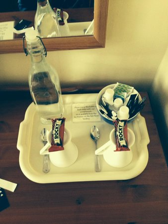 Barons Court Hotel: Refreshments