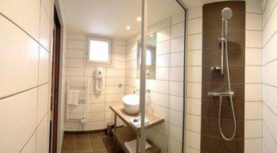 Inter-hotel Marytel : Bathroom