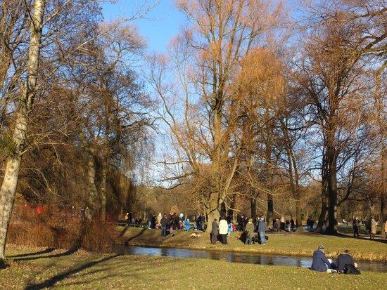 Englischer Garten: jardim inglês
