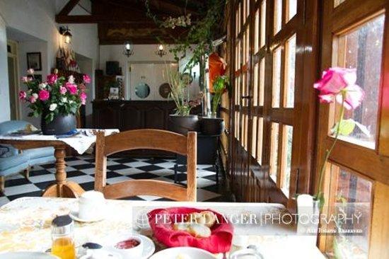 Hacienda La Carriona : Breakfast area