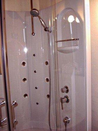 Hotel d'Angleterre : Bathroom