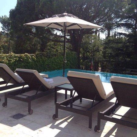 Suite van gogh terrazzo con piscina privata picture of hotel le vallon de valrugues spa - Suite con piscina privata ...