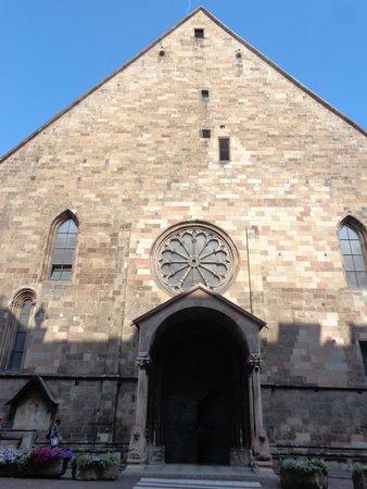 Duomo di Bolzano: l'ingresso