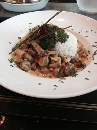 Falcon Hotel: Beautiful meals
