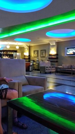 Grand Pasa Hotel: Lobby bar