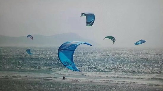 Coco Rico Resort: Kite surfing at Ponta d'Ouro