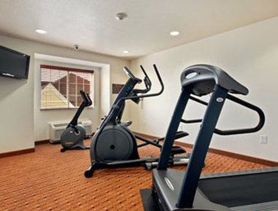 Microtel Inn & Suites by Wyndham Cheyenne: Fitness Center