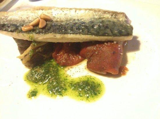Bresca Restaurant : fangfrischer tisch im ofen gegart.