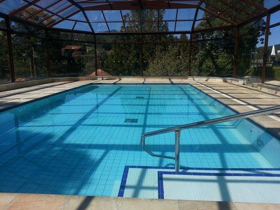 Hotel Vila Inglesa: piscina