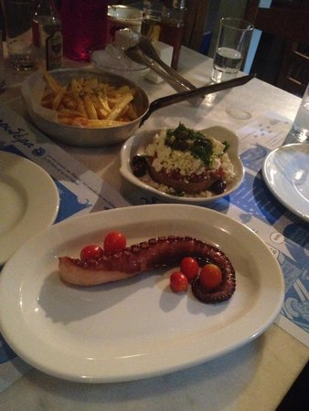 Lagoudera: Octopus, dakos with local cheese and fresh fried potatoes