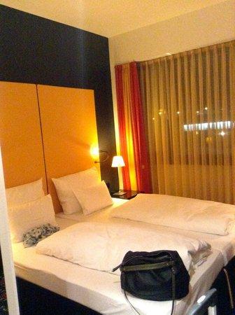 angelo by Vienna House Munich Leuchtenbergring : room