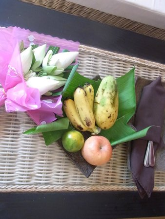 Diamond D'Angkor Boutique: Welcome fruits