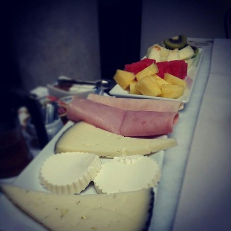 Palacio San Bartolome: Desayuno