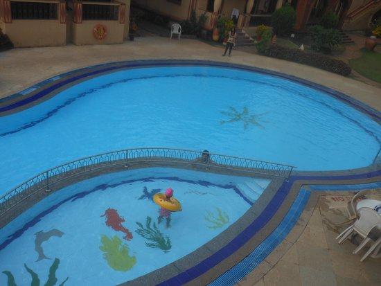 Resort Terra Paraiso: Swimming pool