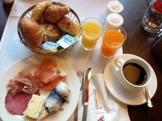 angelo by Vienna House Munich Leuchtenbergring: Breakfast