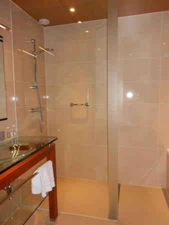 Badkamer - Picture of WestCord WTC Hotel Leeuwarden, Leeuwarden ...