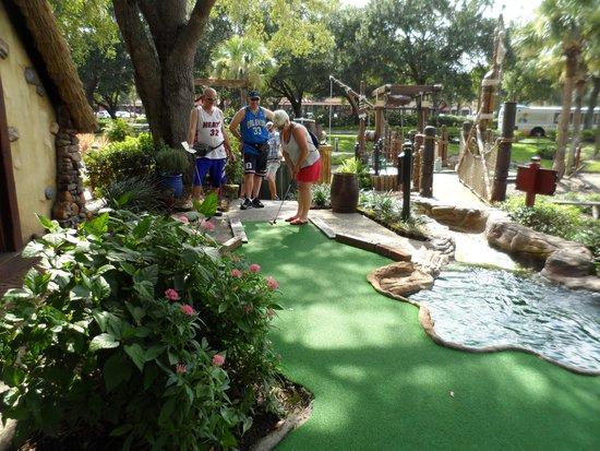 Pirate's Cove Adventure Golf: Golf