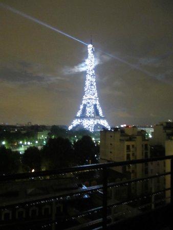 Shangri-La Hotel Paris : Isn't it romantic?