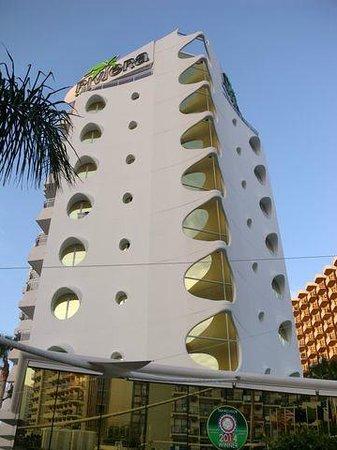 Riviera Beachotel: Fachada