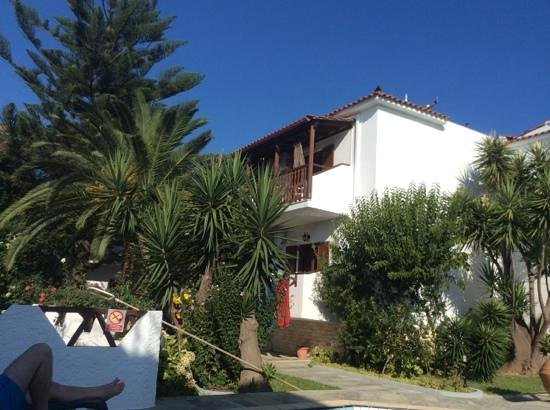 Hotel Costas Mary: rooms at Kostas and Mary