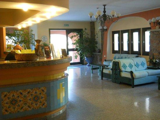 Club Hotel Torre Moresca : Hall