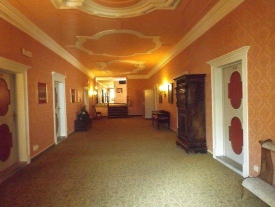 Parkhotel Luna Mondschein: corridorio secondo piano