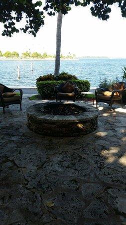 Palmeiras Beach Club at Grove Isle: beautiful