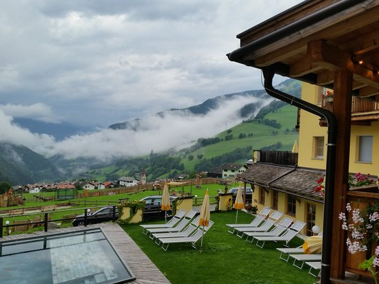 Hotel Bergschlössl: Vista dalla terrazza