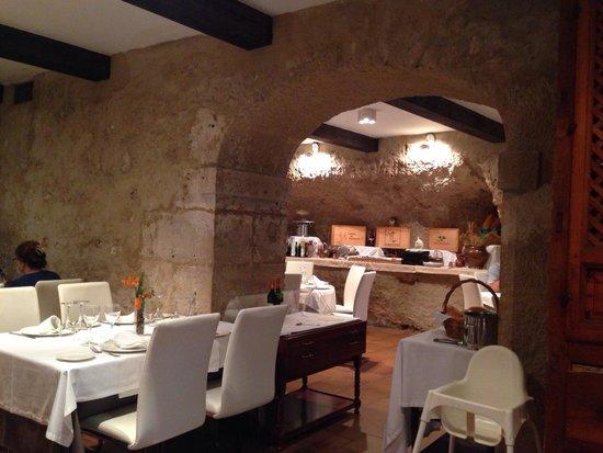 Hotel Leonor de Aquitania: Restaurante Horno de las Campanas en el hotel Leonor de Aquitana
