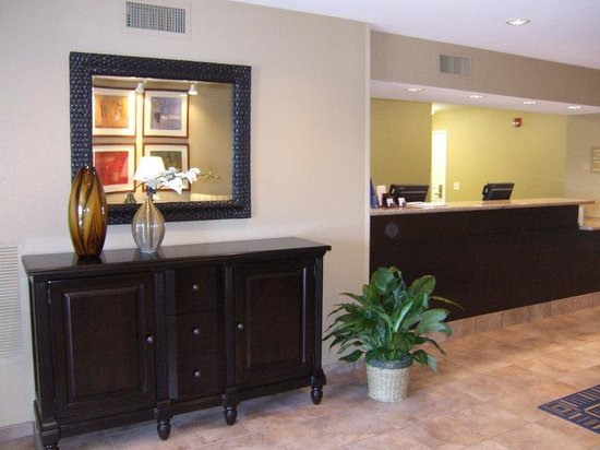 Candlewood Suites Loveland: Welcome to Loveland Colorado, we are here to help 24 hours a day!