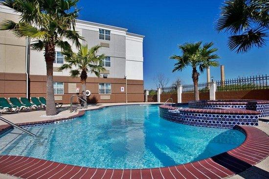 Candlewood Suites Galveston: Swimming Pool