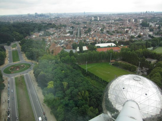 Atomium : View from the top