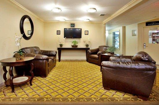 Candlewood Suites Galveston: Lobby