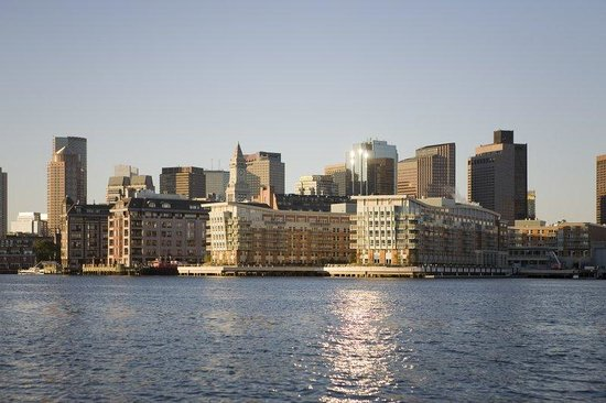 Quincy Market (Boston, MA): Address & Nearby Hotels on ...