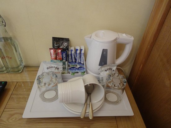 Annfield Guest House: Nécessaire pour le thé dans la chambre